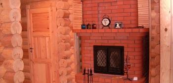 Печь с камином из кирпича для дачи